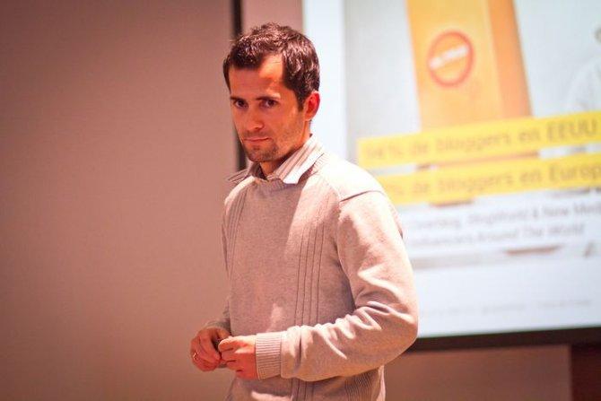 Carlos Bravo - Cómo promocionar los contenidos de tu blog con Facebook Ads